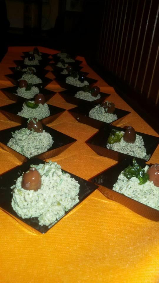 mousse-di-tofu-e-olive-taggiasche